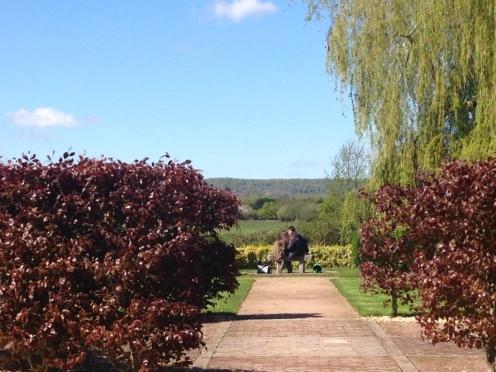 Le jardin du Presbytère, à côté de l'Auberge de la Touques