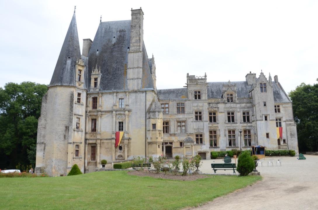 Devenir un chevalier au ch teau de fontaine henry my - Chateau de mike le chevalier ...